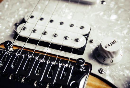gitarrenschule_delmenhorst_gitarre_spielen_lernen_gitarrenunterricht_tonaufnahmen_stratocaster